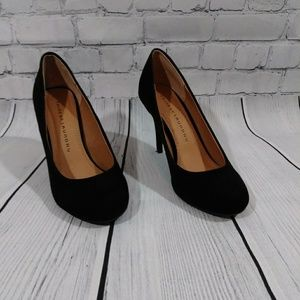 NWOT Chinese Laundry Black Suede Heels